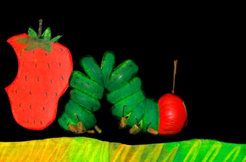 caterpillar-500×330